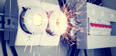5 Common Electrical Hazards that Happens in a Workplace